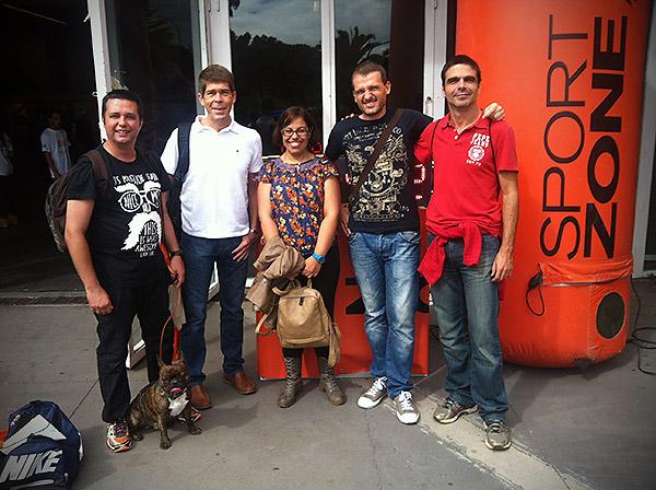 En la feria del corredor, con Abraham, Gonzalo, Alejandra, Pancho y Sergio